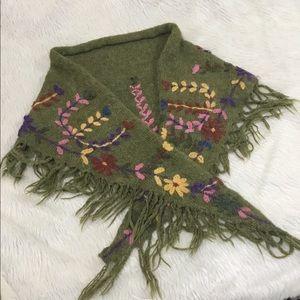 Perika green floral wrap